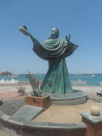 Sculpure along the malecon