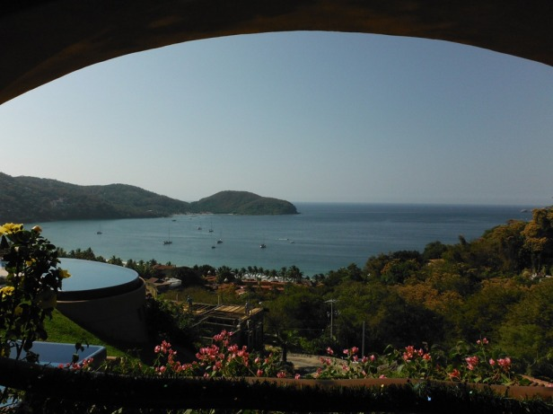Stunning view of Zihuatanejo Bay. Hydroquest is the boat furthest right.