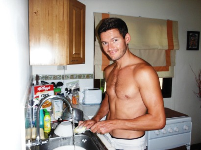 He's back doing dishes!